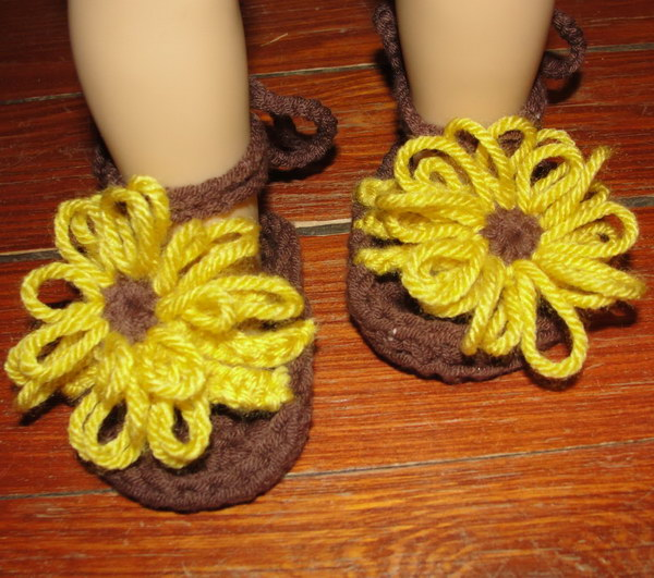 30fc0af2558c7 40+ Adorable Crochet Baby Sandals With Free Patterns 2018