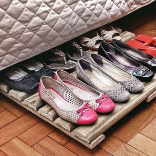 25 Creative DIY Ideas to Add Extra Under-bed Storage