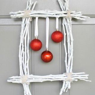 20 Creative DIY Wreath Ideas & Tutorials