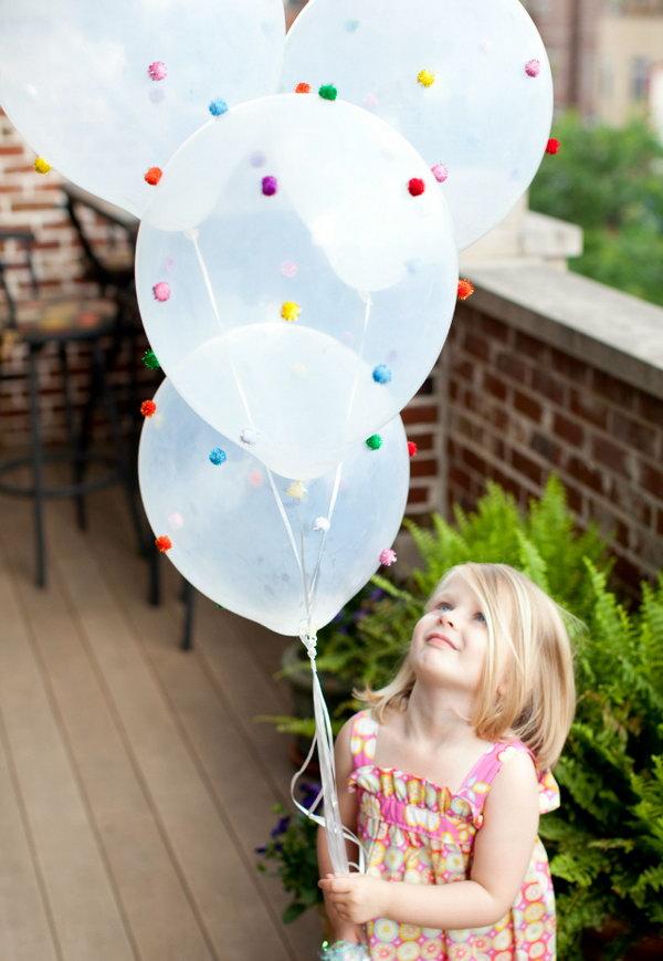 Pom-Pom Balloons!