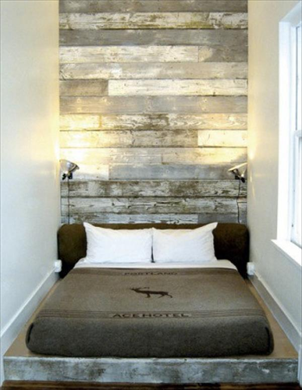 Rustic Bed Frame with Pallet Headboard. Get the tutorial