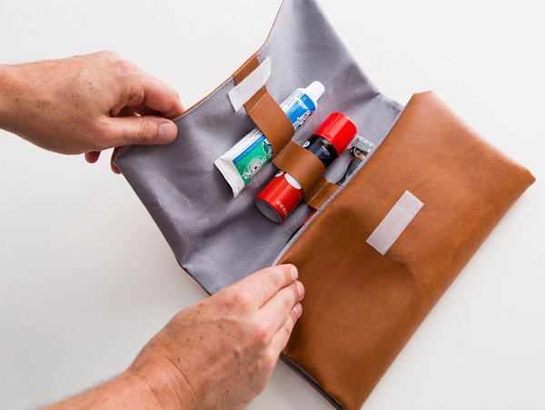 DIY Dopp Kit. See how to make it