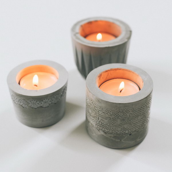 Lace Cement Votives. Check out the steps
