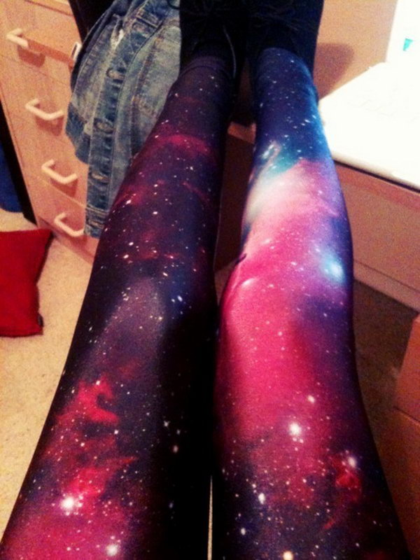 DIY Galaxy Leggings. See the step by step tutorial