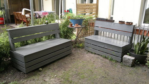 Easy Garden Storage Bench.