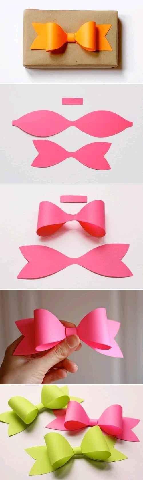 Easy Paper Bow Gift Wrapping.