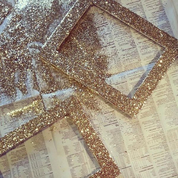 Super Easy DIY Glitter Photo Frames.