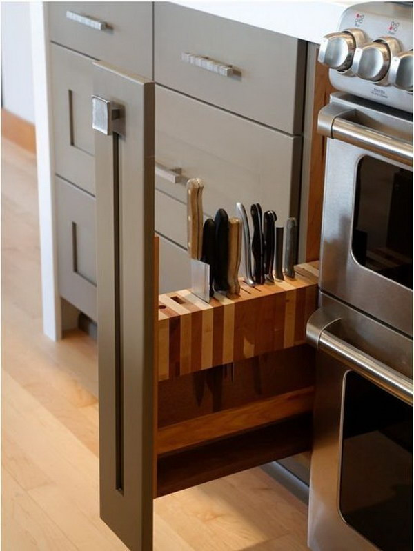 Slide-out Knife Block.