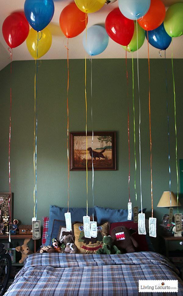Surprising Money Balloons .