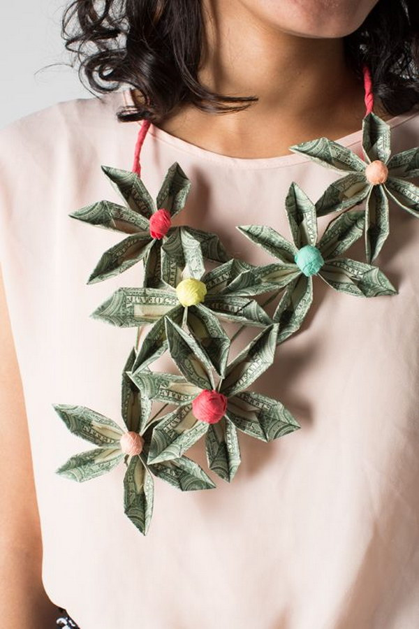 Easy DIY Money Necklace Made from Origami Flowers.