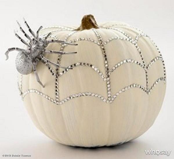 DIY Chic Glam Pumpkin .