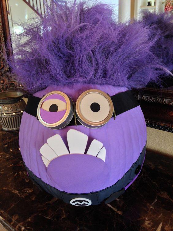 Evil Minion No Carve Pumpkin.