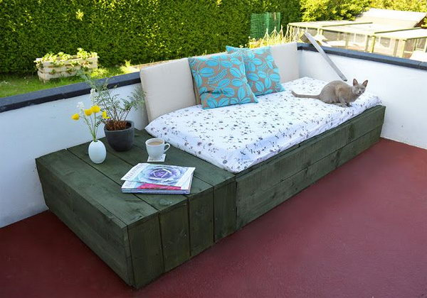 Patio Day Bed. Get the tutorial