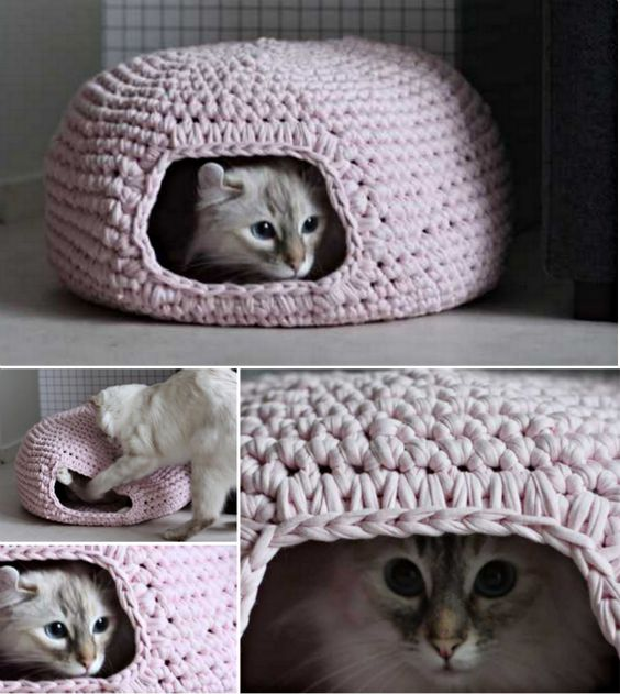 DIY Crochet Cat Bed.