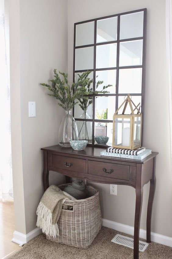 DIY Pottery Barn Eagan Mirror.