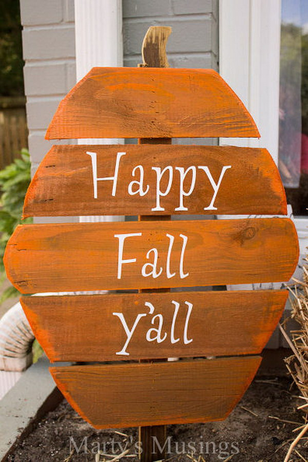Fence Board Pumpkin Welcome Sign.