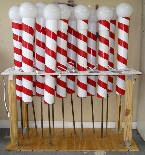 use pvc and duct tape to make north pole for outdoor christmas decoration - Pvc Pipe Projects