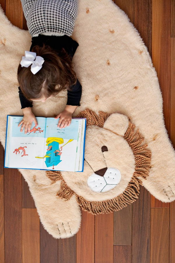 DIY Plush Lion Mat. Make a cute plush lion mat with step by step instructions and photos.