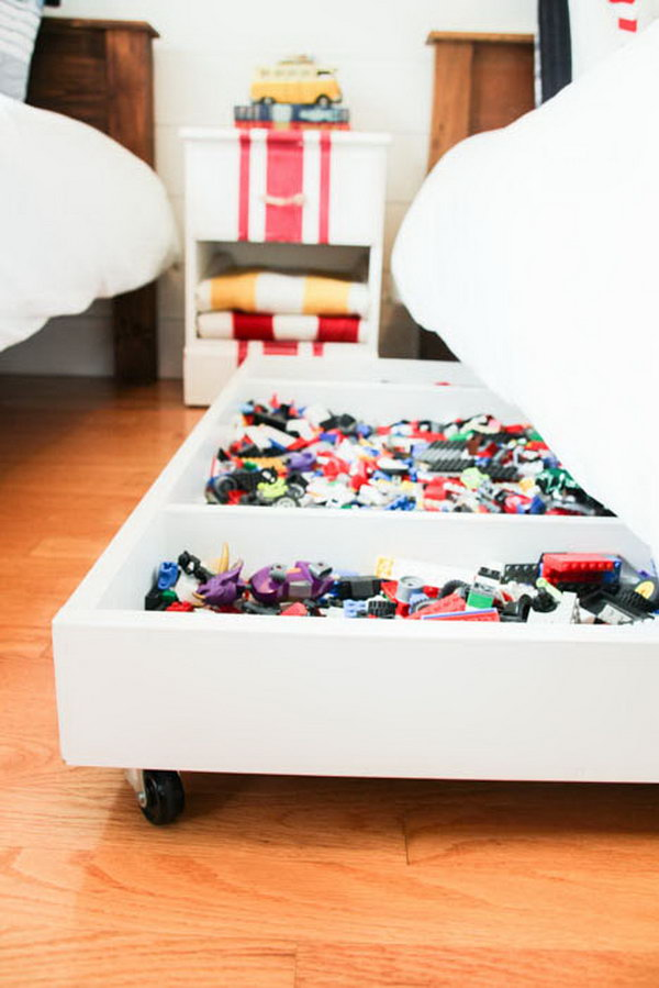 DIY Under Bed Rolling LEGO Storage Cart. This creative rolling cart makes it really easy to keep the lego in one place. A perfect design for your kids' room. Get the tutorial