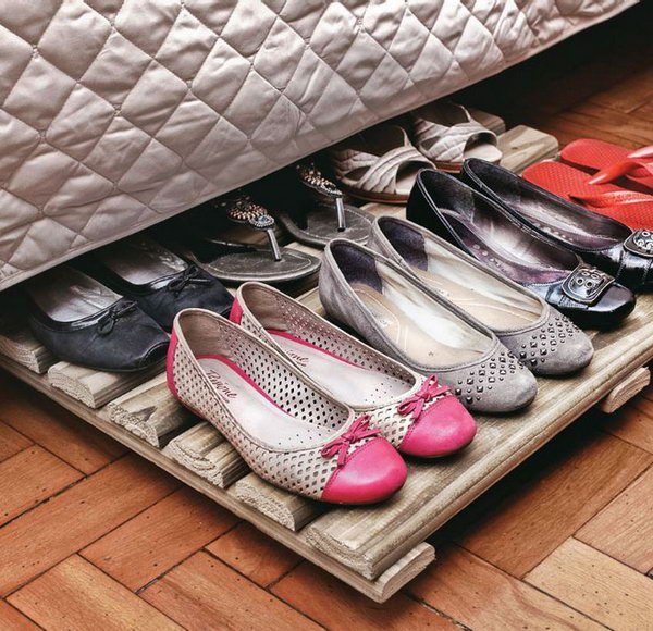Wood Rack Shoe Organizer Under Bed. Both inexpensive and functional storage solution for your shoe collection and organization.