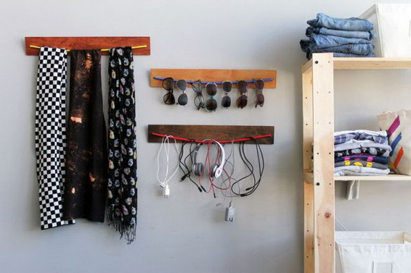 DIY Wooden Bungee Organizer. See the tutorial