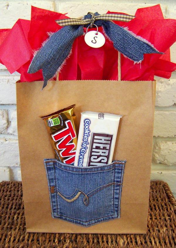 Jean Pocket Gift Bag.