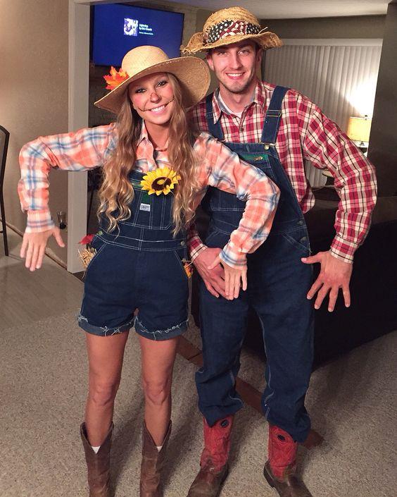 Scarecrow Couple Halloween Costume.