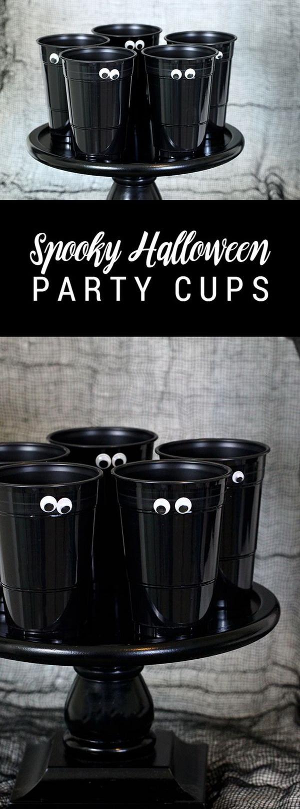 Easy DIY Spooky Halloween Party Cups.