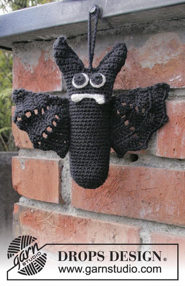 Crochet Drops Bat Mr Fang.